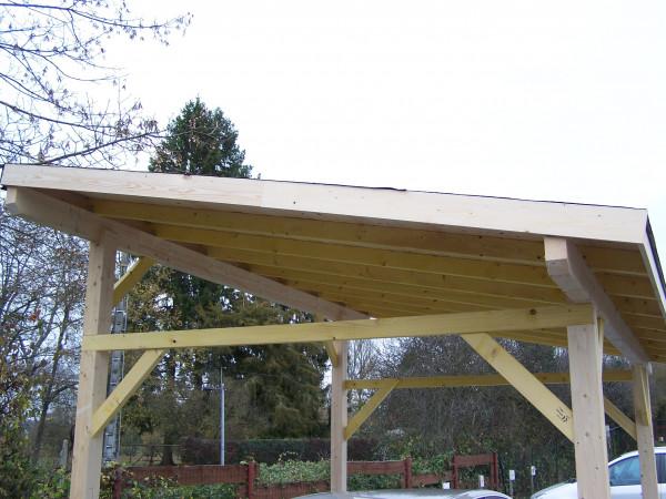 Carport monopente avec couverture bardeau bitumé en rouleau /  3,00 x 3,62 m