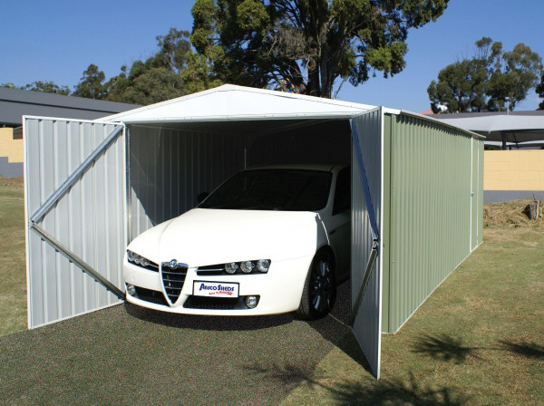 Garage métal grand volume / 17,52 m²