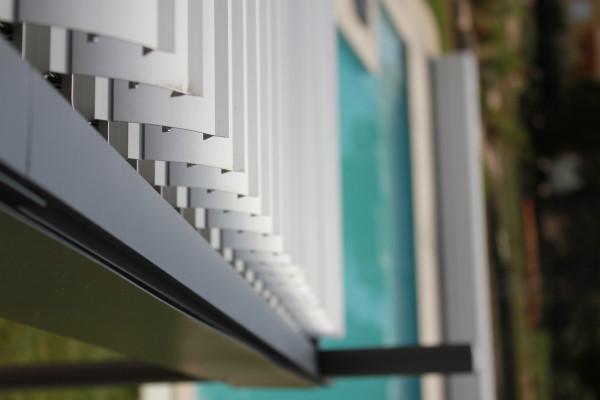 Pergola SOLEA adossée en alu/acier 3,35 x 4 m